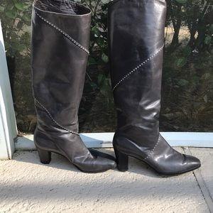 Salvatore Ferragamo Ladies Boots 7 1/2 b